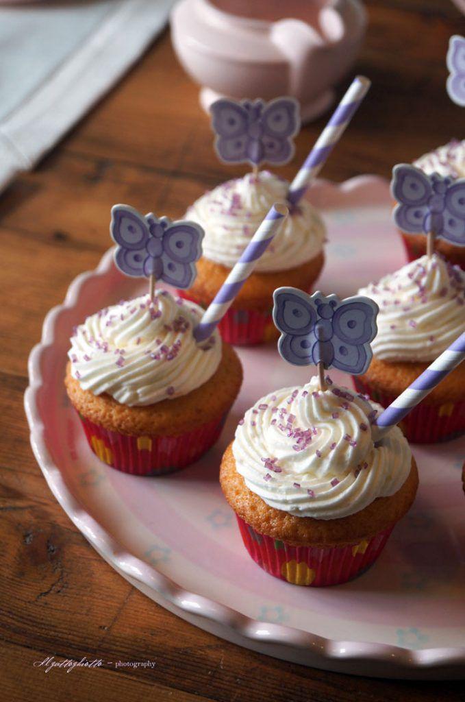 cupcakes alla vaniglia con crema al burro