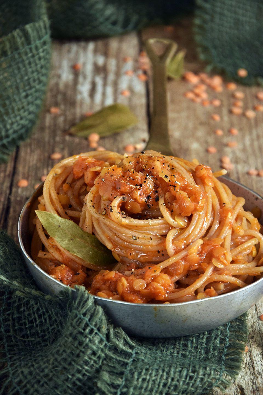 Ricetta Ragu Lenticchie.Spaghetti Di Farro Con Ragu Di Lenticchie Vegan Recipe Ilgattoghiotto It