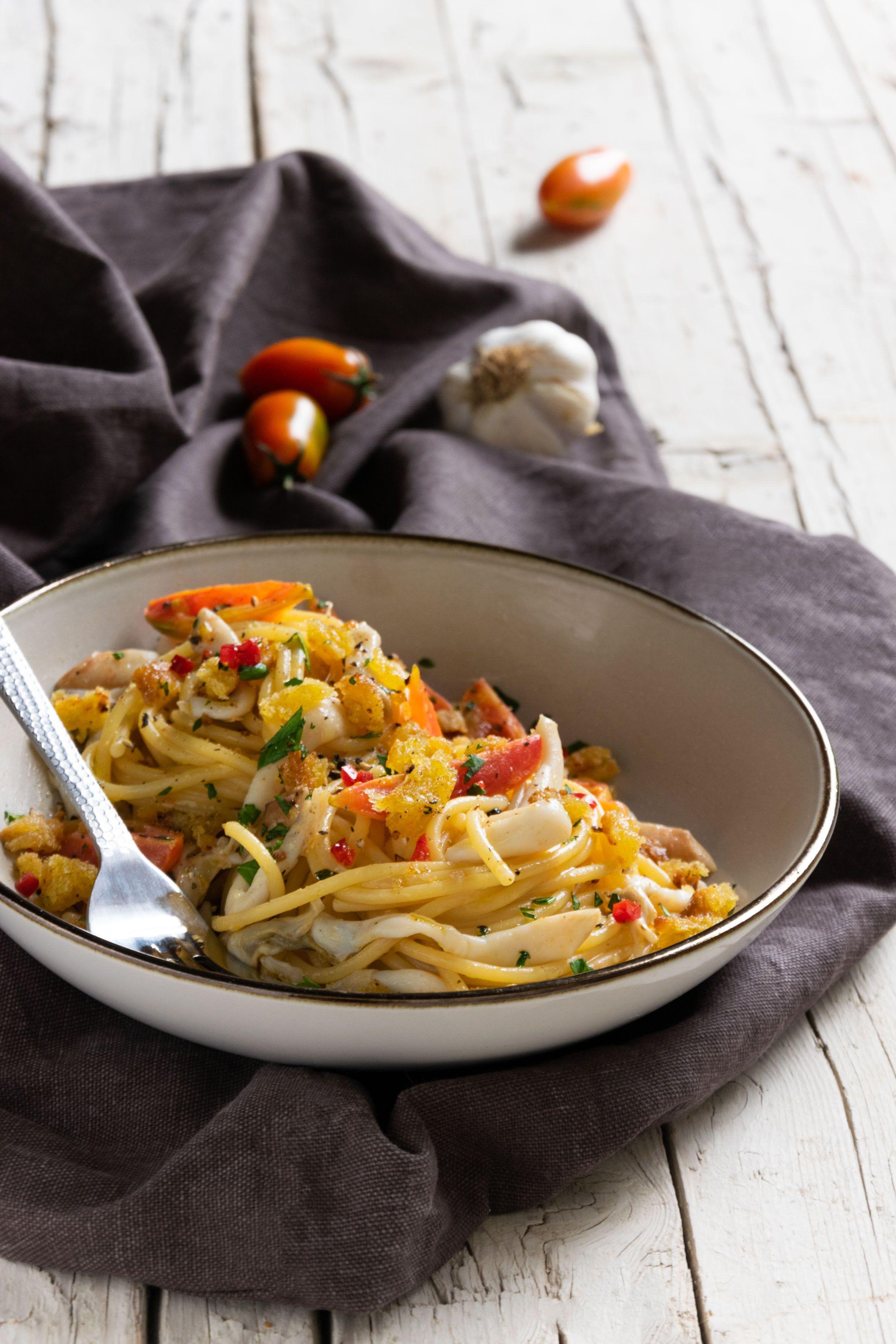 Spaghetti cannolicchi e pomodorini