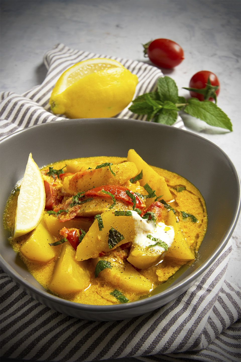 Patate al curry e yogurt