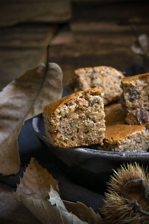 Torta con farina di castagne e noci