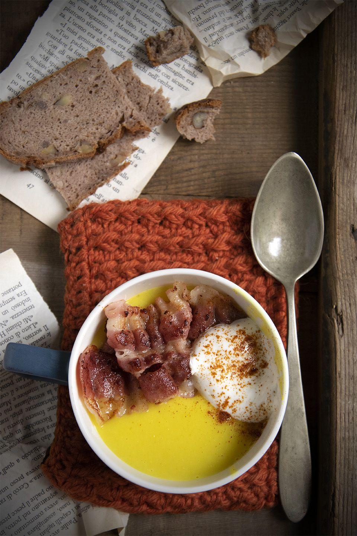 Vellutata di cavolfiore al curry con bacon
