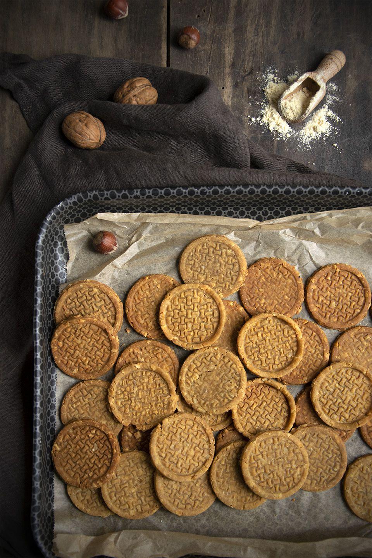Biscotti salati di farina di ceci