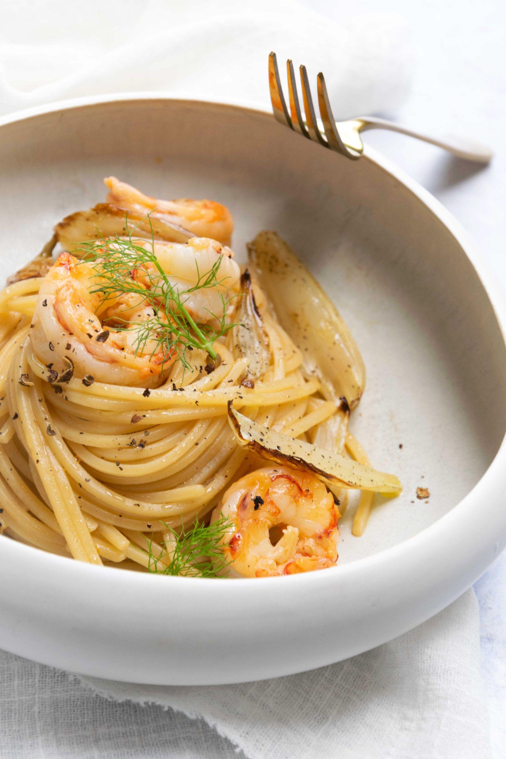 Spaghetti con gamberi e colatura di alici