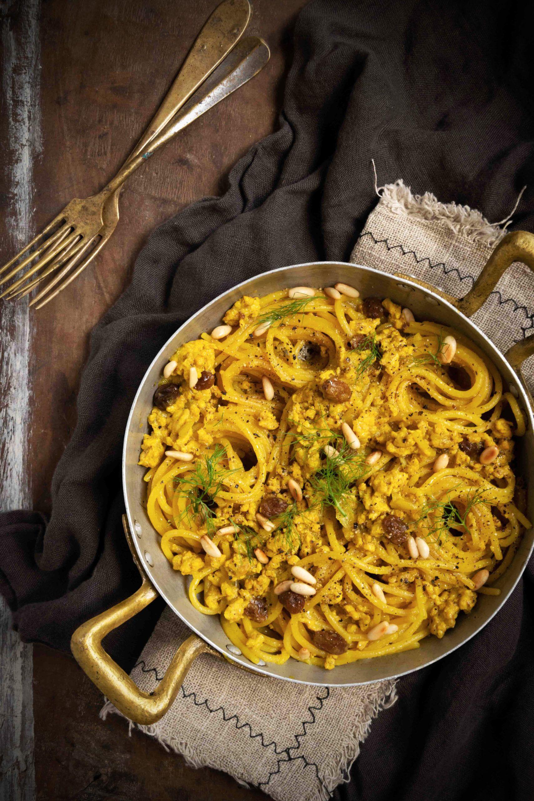 Spaghetti con ragù di pollo
